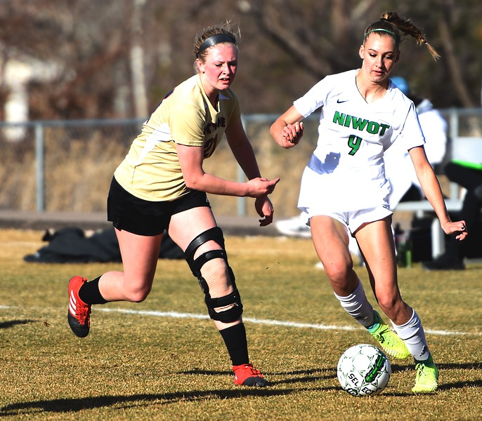 Niwot's Autumn Carlston changes directions against Skyline on Tuesday, March 20, in Niwot.