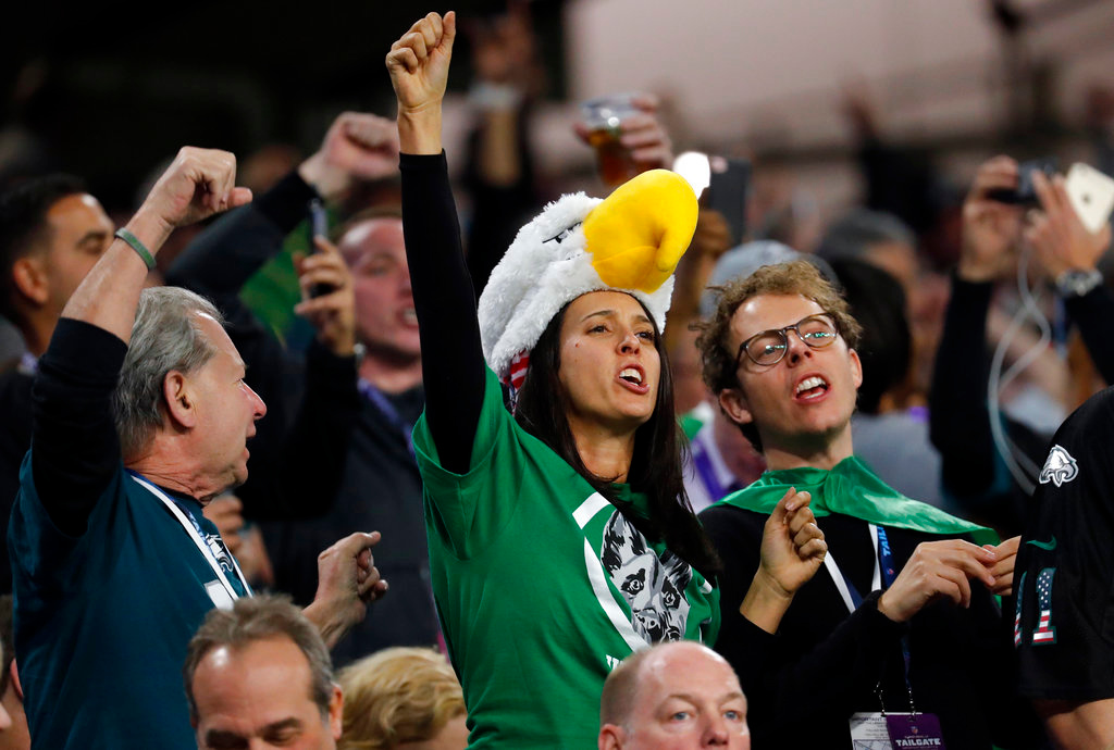 . Philadelphia Eagles fans cheer during the second half of the NFL Super Bowl 52 football game against the New England Patriots, Sunday, Feb. 4, 2018, in Minneapolis. (AP Photo/Charlie Neibergall)