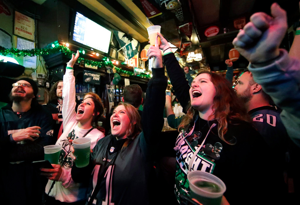 . Eagles fans react during Super Bowl 52 between the Philadelphia Eagles and the New England Patriots, Sunday, Feb. 4, 2018, in Philadelphia. (AP Photo/Matt Rourke)