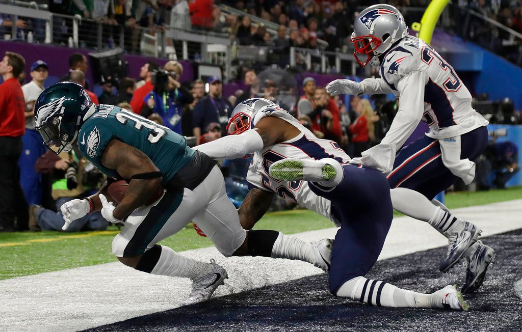 . Philadelphia Eagles\' Corey Clement catches a touchdown pass during the second half of the NFL Super Bowl 52 football game against the New England Patriots Sunday, Feb. 4, 2018, in Minneapolis. (AP Photo/Matt Slocum)