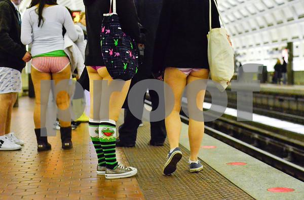 No Pants_FR6
