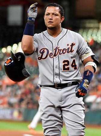 Photos: Tigers lose to Astros, 1-0