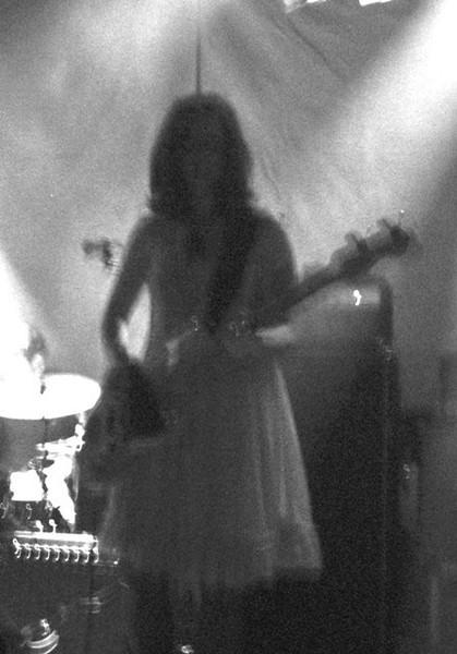 ( 2008.06.11 ) Seattle, Washington: w / The Warlocks.<br /> photo by Heather
