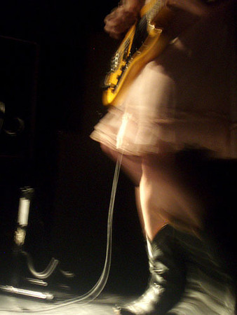 ( 2008.06.27 ) New York City: w / The Warlocks.<br /> photo by ?