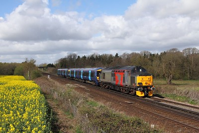 37800+375811 on the 5Q58 0543 Derby Litchurch Lane to Ramsgate east of Tonbridge on the 1st April 2017