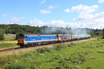 50026+73136+1497 on the 2J05 0910 Tunbridge Wells to Eridge at Pokehill farm on the 4th August 2017 1