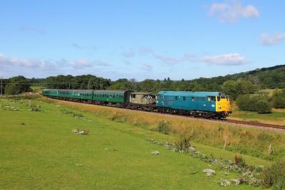31101 5518 on the 2T02 0945 Eridge to Tunbridge Wells at Pokehill farm on the 4th August 2017