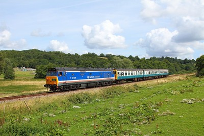 50026+1497 on the 2J09 1115 Tunbridge Wells to Eridge at Pokehill farm on the 6th August 2017 1
