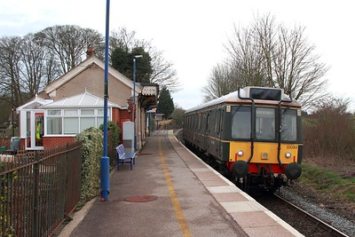 121034 on the 2A46 1700 Princes Risborough to Aylsbury at Little Kimble on the 3rd March 2017