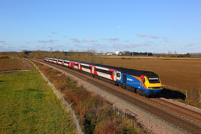 43061+43050 on the 1Y20 0855 Newcastle to London Kings Cross at Kirkby la Thorpe on the 12th November 2017
