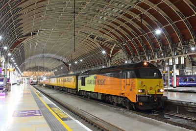 67027 tnt 67023 on the 1Q18 Old Oak Common to Derby RTC at London Paddington on the 14th October 2017