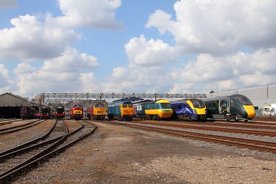 800003+180102+43002+50035+D1015+D821+7903+6023+Rail motor 93 at Old Oak Common open day on 2nd September 2017 1c