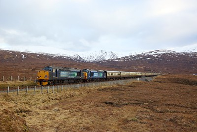 37605+37259 on the 1Z38 Kyle of Lochalsh to Inverness at Luib summit on the 1st April 2018