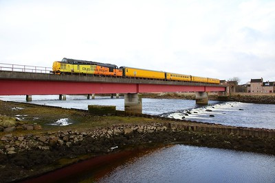 37219+UTU on the 3Q55 0235 Wick (started from Georgemas Junction) to Inverness over Ness viaduct, Inverness on the 2nd April 2018 1