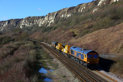 66732+66717 on the 3Y94 Tonbridge west yard circular heading for Dover Priory at Capel le Ferne on the 11th February 2018