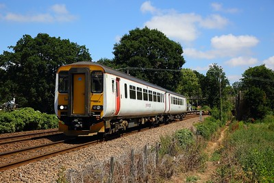 156419 on the 2J77 1257 Lowestoft to Norwich at Brundall Gardens on the 3rd July 2018