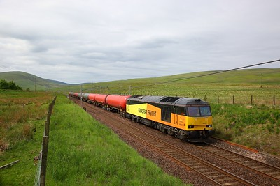 60021 on the 6S36 Dalston to Grangemouth at Elvanfoot on the 8th June 2018