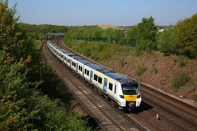 700029 on the 2B33 1042 London Blackfriars to Sevenoaks at Swanley on the 5th May 2018