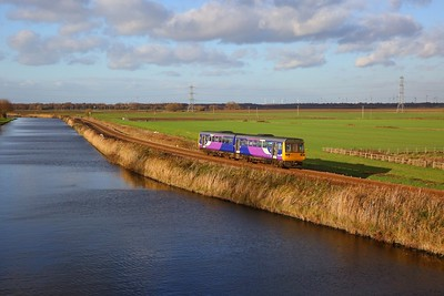 142015 on the 2P13 1242 Doncaster to Scunthorpe at Crowle on the 30th November 2018