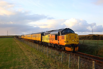37219+37610 on the 1Q78 Inverness Millburn to Inverness Millburn via Thurso and Wick shortly after departing Thurso approaching Georgemas junction on the 28th October 2018