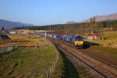 66301 on the 4H47 Mossend to Inverness at Dalwhinnie on the 22nd April 2019