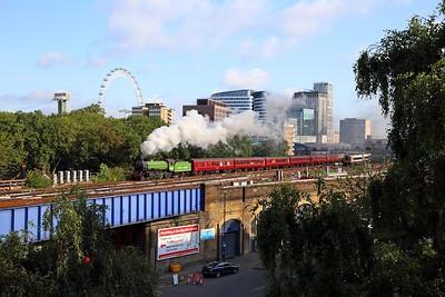 61306 tnt 33207 on the 1Z80 London Waterloo to Windsor & Eton Riverside departing London Waterloo on the 6th August 2019