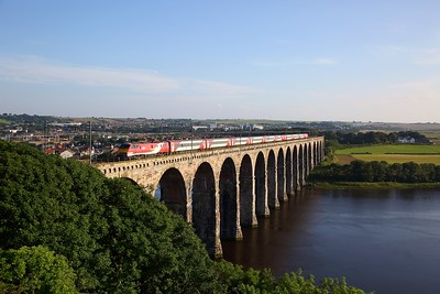91115 on the 1F19 1605 Doncaster to Edinburgh at Berwick upon Tweed on the 23rd July 2019