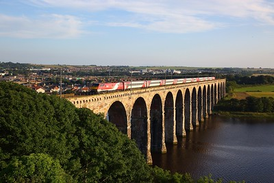91127 on the 1F23 1735 York to Glasgow Central at Royal Borders bridge, Berwick upon Tweed on the 23rd July 2019