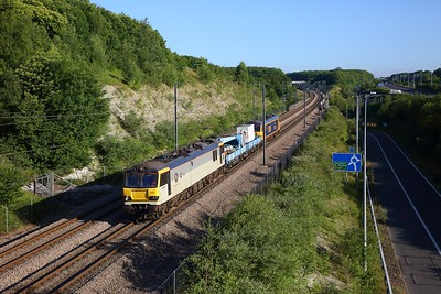 92044+SPA wagons 460 705 & 460 477+92032 on the 8C05 2342 Dollands Moor West Jn to Dollands Moor West jnc via Stratford at Medway on 30th June 2019