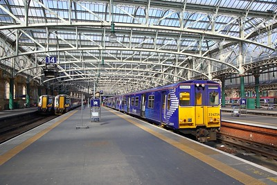314212 on the 1G49 1425 Glasgow Central to Gourock at Glasgow Central on the 25th March 2019