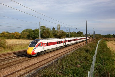 801112+801103 on the 1A18 0845 Leeds to London Kings Cross at Great Paxton on the 5th October 2019