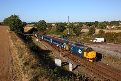37424+37409 on the 2P12 0836 Norwich to Great Yarmouth at Acle on the 21st September 2019