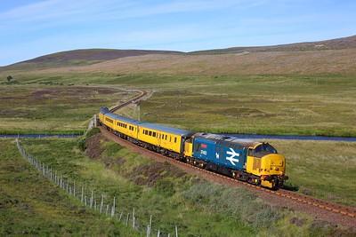 37402 leads 37419 on 1Q78 Inverness Millburn yard circular via Thurso and Wick near Kinbrace on 9 August 2020