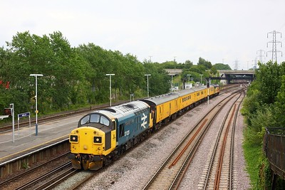 37025 leading Colas Rail 37116 at Millbrook on the SWML on 1Q52 Eastleigh Arlington circular via Littlehampton, Totton, Guildford and Lymington on 9 June 2020  SWML, Class37, Test train