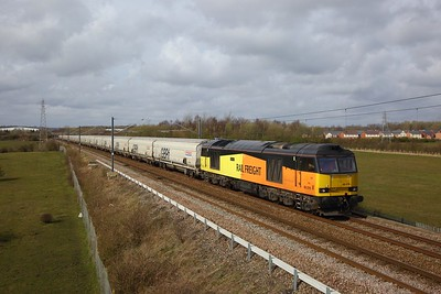 60076 works 6N85 0900 Lynemouth PS to Tyne Dock at Fellgate on the 21st March 2020