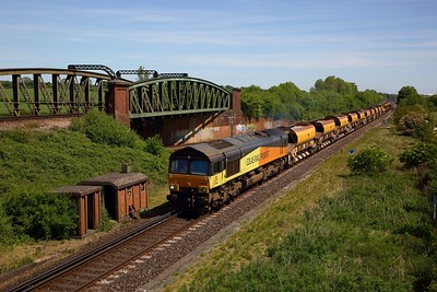 Colas Rail 66846 hauls the 6X26 Hinksey to Eastleigh yard at Worting junction south of Basingstoke on the SWML on the 20 May 2020