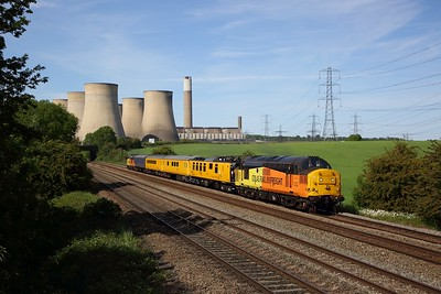 Colas Rail 37175 top and tailed with 37099 works the 1Q90 1515 Derby RTC to Ferme Park via Cambridge, Audley End and LST at Ratcliffe on MML on 25 May 2020