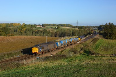 37422 leads 37425 with 3S60 Stowmarket RHTT via Southend Victoria, Shenfieldx2 and Clacton-on-Sea, at Brantham on 22 October 2020  Class37, DRS, GEML