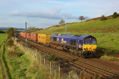66109 working 4E99 Grangemouth to Tees Dock south of Greenfaulds on the Cumbernauld line on 2 October 2020  Class66, DB, CumbernauldLine