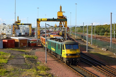 90046 and 90047 await to depart from Coatbridge freightliner terminal with 4M11 to Crewe Basford Hall on 2 October 2020  Freightliner, Class90