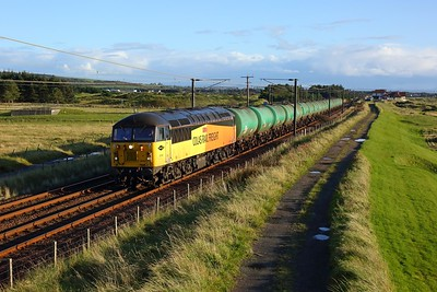 56302 works 6N47 Prestwick to Grangemouth at Gailes, Irvine on 1 October 2020  Class56, Colas, AyrshireCoast