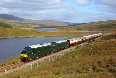 37521 37667 leads 1Z42 Aviemore to Kyle of Lochalsh at Loch Gowan on 26 September 2020