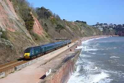 43172 leading 43016 on 2C47 1121 Exeter St Davids to Plymouth at Sprey Point, Teignmouth on 4 April 2021  GWR, GWRCastleSets, SouthDevonMainline