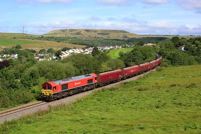 66101 working 6E09 Onllwyn to Immingham at Seven Sisters on the Onllwyn branch on 24 August 2021  DBCargo, DB, DB66, OnllwynBranch