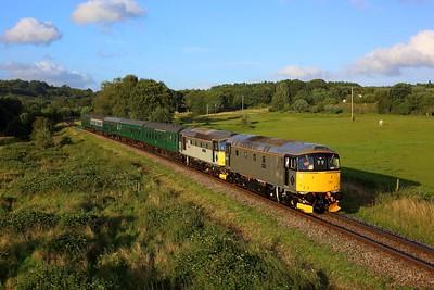 33002 leading 33063 working 2J29 1915 Tunbridge Wells to Eridge at Pokehill farm on 6 August 2021  Class33, SpaValleyRailway