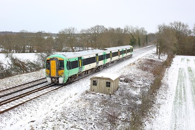 377326 working 2A28 1200 Redhill to Tonbridge at Crowhurst on 9 February 2021  Class377, RedhillTonbridgeLine, Southern