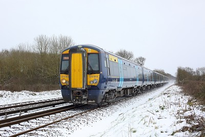 375914 leading 375304 working 5Y77 1117 Tonbridge Jubilee Sidings to London Bridge at Crowhurst, Edenbridge on 9 February 2021  Class375, SouthEastern, RedhillTonbridgeLine