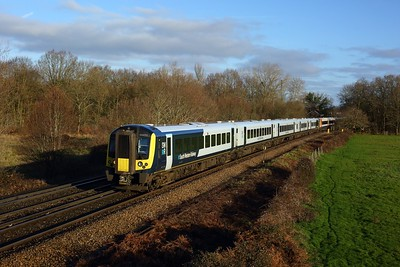 444011 leading 444026 working 1W23 0905 London Waterloo to Weymouth at Egham on 17 January 2021  Class444, SWR, WaterlooReadingline