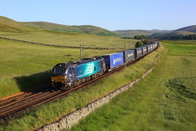88003 working 4S44 Daventry to Mossend at Littlegill on 15 July 2021  Class88, DRS, ClydeValley, WCMLScotland
