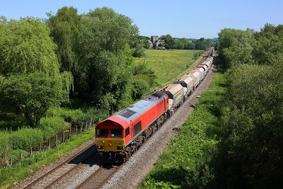 59201 working 6C31 Theale to Whatley at Great Bedwyn on 16 June 2021  Freightliner, Class59, BandH